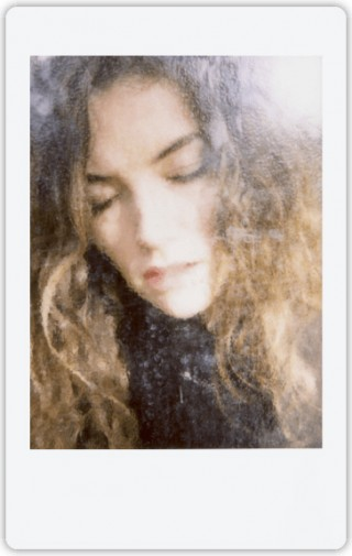 世界のinstax Photographersに学ぶ、チェキの撮り方 – Eric Marrianさん lifestyle0525_photographers_2-320x505